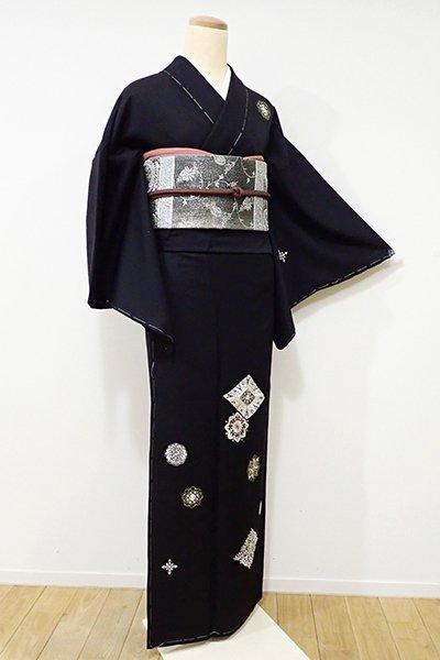 銀座【B-1985】刺繍 付下げ 黒色 菱や華文