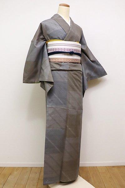 銀座【A-2600】←ユッタリ→結城紬 はたおり娘 鼠色×生壁色 市松に斜め縞(証紙付)