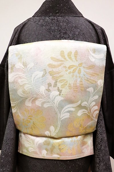 あおき【L-4100】袋帯 淡い多彩色 花唐草の図