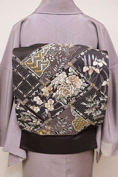 銀座【L-4126】袋帯 黒橡色 檜垣に四季花の図