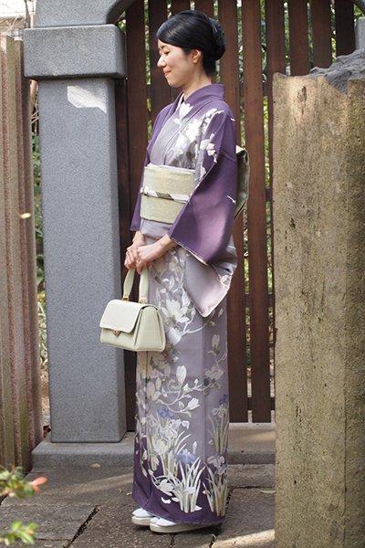 【着物2321】縮緬地訪問着 蘇州刺繍 深紫色×薄色暈かし 四季花の図 (しつけ付)