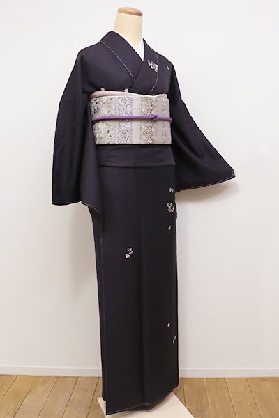 銀座【D-2065】刺繍 小紋 紫黒色 小花文(しつけ付)