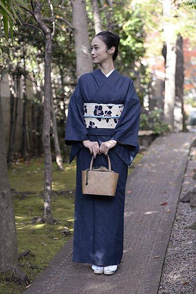 銀座【着物2354】薩摩絣 濃藍色 総亀甲詰 (しつけ付)