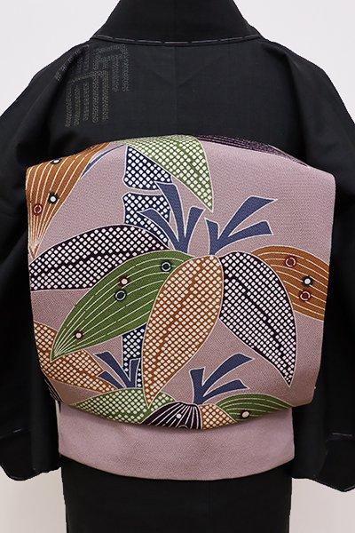 銀座【K-5766】栗山工房製 縮緬地 染名古屋帯 淡い鳩羽鼠色 笹竹の図(新品・落款入)