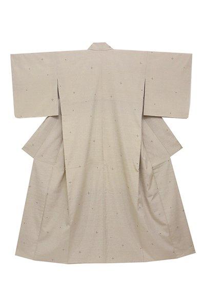 銀座【着物2380】本塩沢 練色 蚊絣に十字絣 (証紙付・しつけ付)