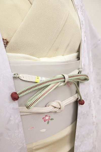 銀座【G-1210-3】京都 衿秀製 羽織紐 平組 裏葉柳色×白色 暈かし(新品)