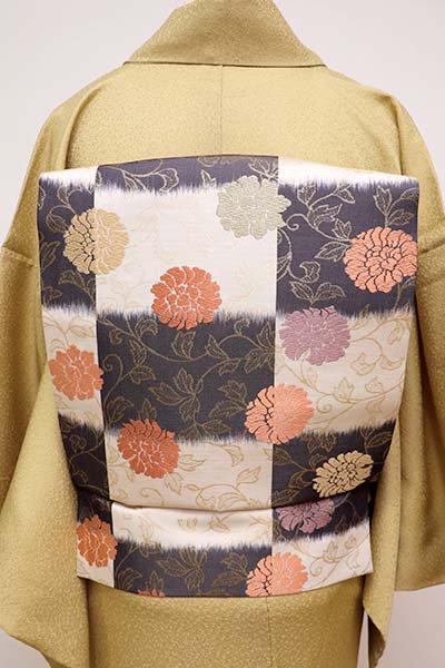 銀座【K-5903】織名古屋帯 胡粉色×藍鉄色 替わり段に牡丹唐草文