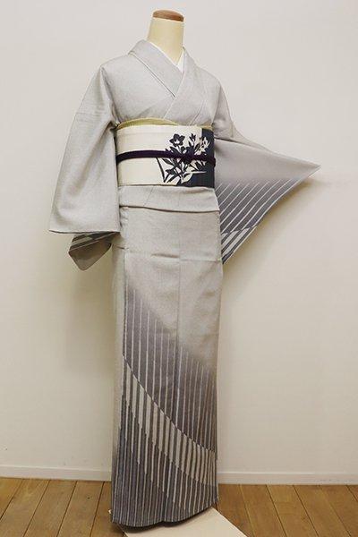 銀座【B-2155】単衣 本塩沢 付下げ 白鼠色 裾暈かしに幾何文