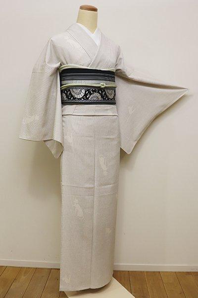 銀座【A-2764】単衣 本塩沢 白練色 縞に猫の図(証紙付・ゑり善扱い)