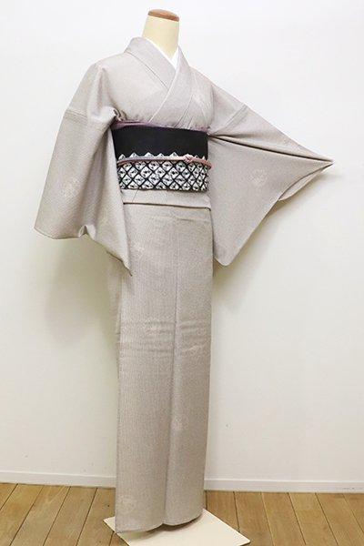 銀座【A-2780】トールサイズ 単衣 本塩沢 灰白色 縞に雪輪兎の図