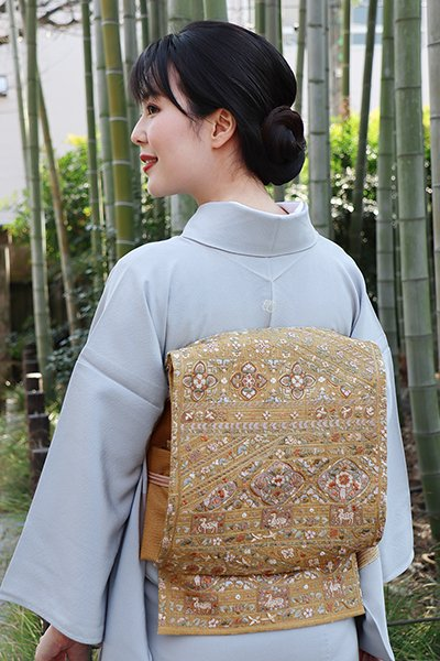 銀座【帯2975】総刺繍袋帯 榛色 更紗風装飾文