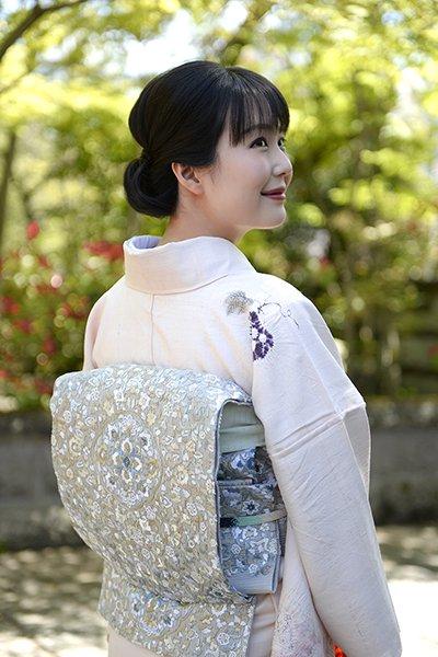 銀座【帯3002】総刺繍夏袋帯 茶鼠色 花唐草に華文