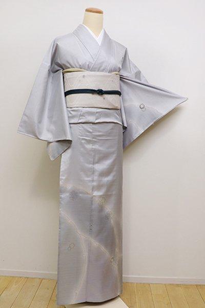 銀座【B-2217】単衣 紬地 刺繍 付下げ 暗い月白色 雪輪重ね文(しつけ付)