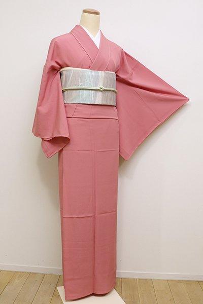 銀座【C-1630】きもの英製 単衣 繍一ッ紋 色無地 紅梅色 (しつけ付)