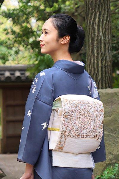 銀座【帯3019】絽綴れ 袋帯 練色 花唐草華文