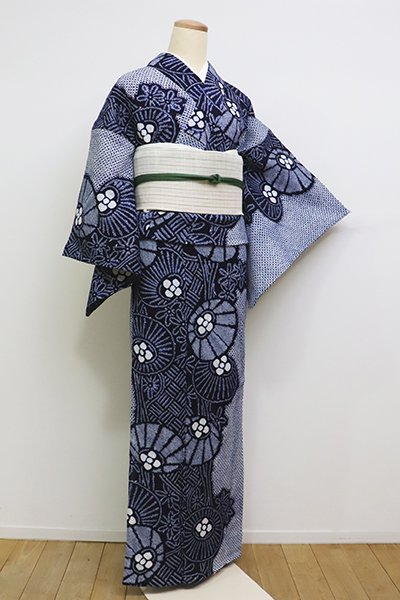銀座【D-2255】(広め)木綿 絞り染め 浴衣 濃藍色 万寿菊の図