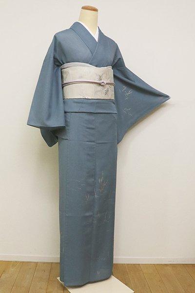 銀座【B-2288】きもの英製 絽 繍一ッ紋 付下げ 藍鼠色 芝と砥草の図