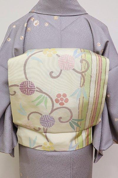銀座【K-6322】西陣 帯屋捨松製 織名古屋帯 鳥の子色 「笹つる間道文」(落款入)