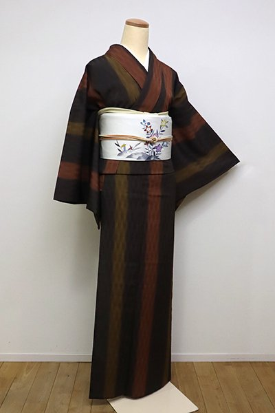 銀座【A-2934】(広め)単衣 絹縮 黒橡色 太縞