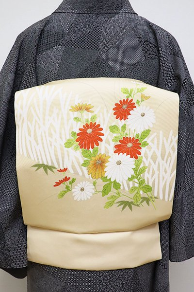 銀座【K-6401】塩瀬地染名古屋帯 浅黄色 柴垣に菊花の図