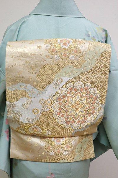 銀座【L-4749】西陣 服部織物製 袋帯 薄卵色 道長取りに華文(落款入)
