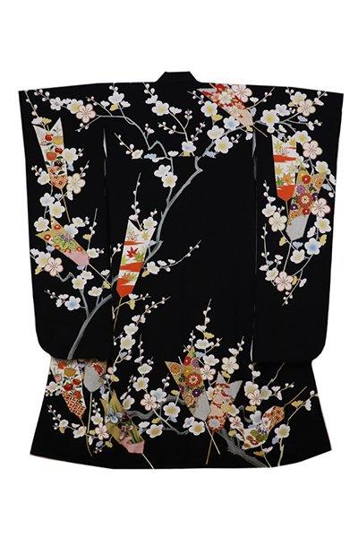 銀座【着物2632】振袖 黒色 矢羽根に折々の花木の図