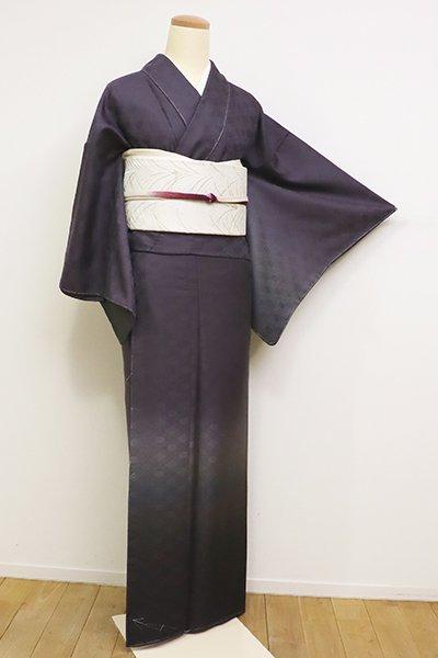 あおき【B-2383】(細め)山口弘躬謹製 西陣織地 繍一ッ紋 付下げ 滅紫色 裾暈かしに有職文(反端付)