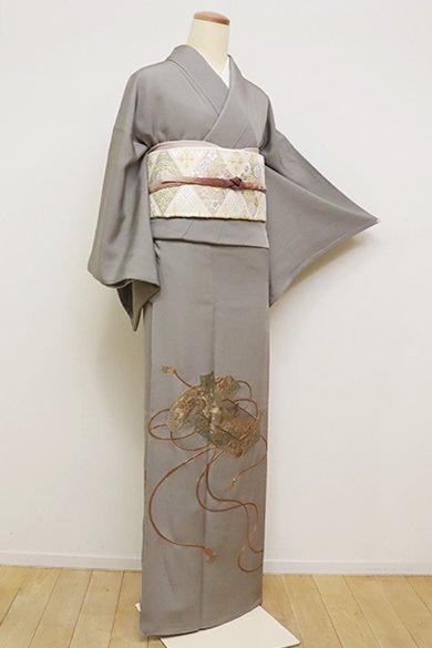 銀座【B-2400】(細め)染一ッ紋 蘇州刺繍 色留袖 煤色 文箱の図(反端付)