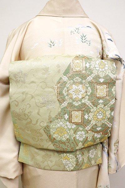 銀座【L-4828】西陣 じゅらく製 袋帯 若芽色 裂取りに名物裂文(落款入)