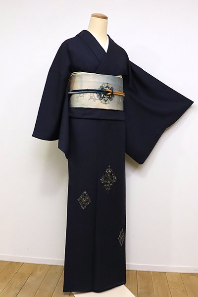 銀座【B-2429】蘇州刺繍 付下げ 藍鉄色 装飾菱文