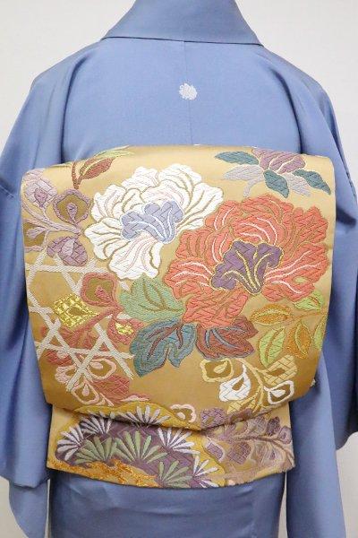 銀座【L-4851】西陣 山城機業店製 唐織 袋帯 香色 松や牡丹の図 (落款入)