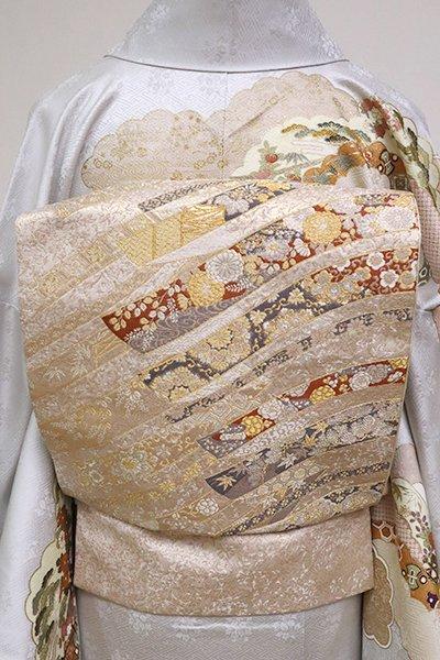 銀座【L-4930】西陣 加納幸製 袋帯 薄卵色 鬘帯の図 (落款入)