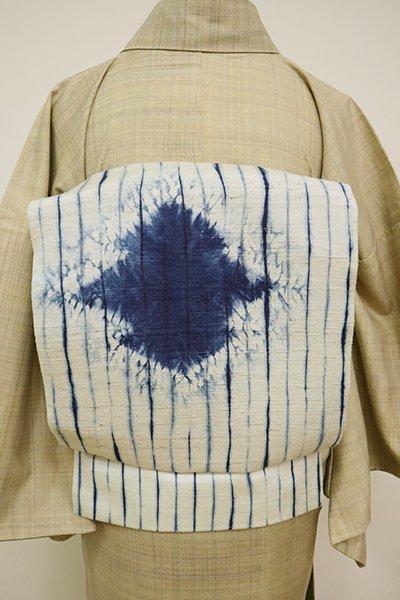 あおき【K-6582】紬地 絞り染め 開き名古屋帯 白色×藍色 縞に松皮菱