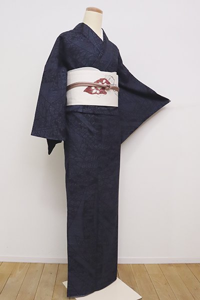 銀座【A-3050】(広め)本場結城紬 濃藍色 熨斗文(高島屋扱い)