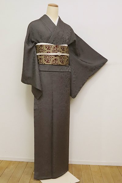 銀座【C-1835】(L)龍村美術織物製 染一ッ紋 色無地 消炭色 牡丹唐草の地紋