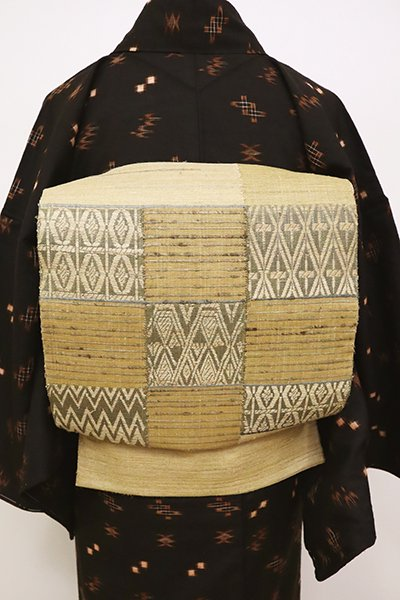 銀座【L-4988】紬地 洒落袋帯 飴色 市松に幾何文
