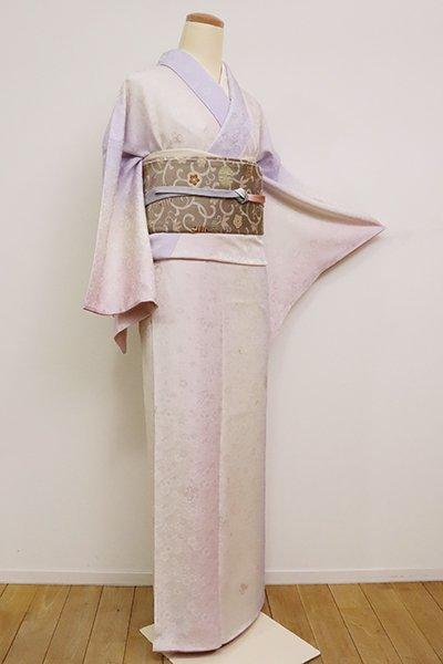 銀座【D-2472】刺繡 小紋 象牙色×藤色×紅梅色 竪暈かしに桜文