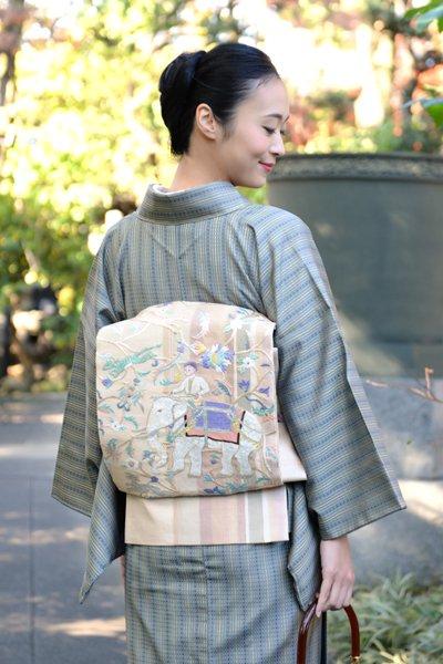 銀座【帯3345】刺繍 袋帯 亜麻色 更紗花に象の図