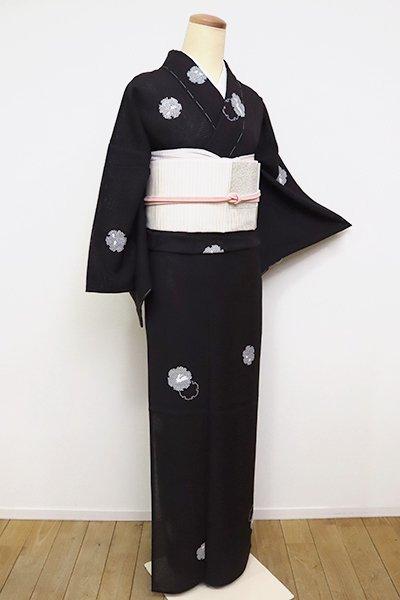 あおき【D-2535】(S)変わり絽 小紋 鉄黒色 雪輪に兎の図