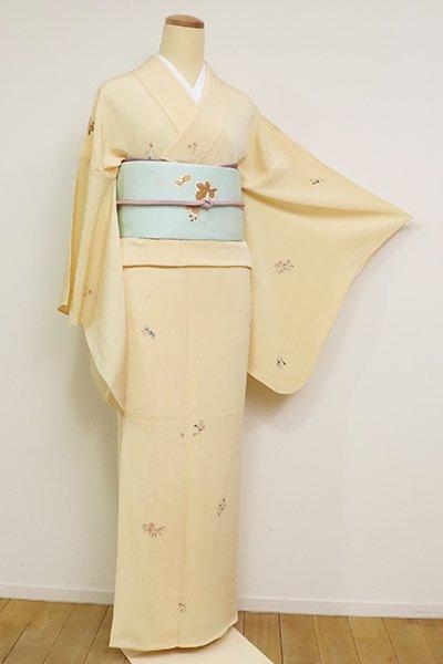 あおき【D-2586】単衣 縮緬地 小紋 蜂蜜色 秋草の図