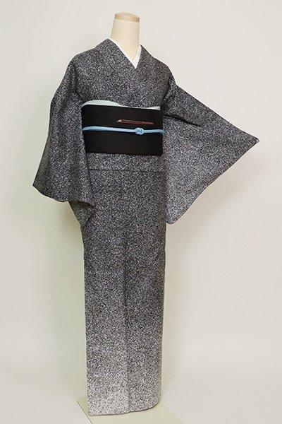 あおき【B-2703】(広め)本場大島紬 付下げ 黒色 蝋叩き染 裾暈かし(証紙付)