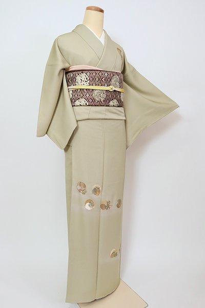 銀座【B-2766】(S・細め)総刺繍 付下げ 淡い柳茶色 花の丸文