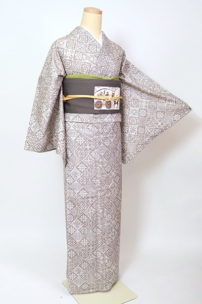 銀座【D-2675】(L・広め)紬地 小紋 白色×鳩羽鼠色 装飾菱文
