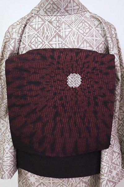 銀座【K-7158】紬地 染名古屋帯 深い紅消鼠色 大らかな花の図