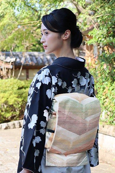 銀座【帯3632】西陣 桝屋高尾製 ねん金綴錦 袋帯「色羽蝶文」