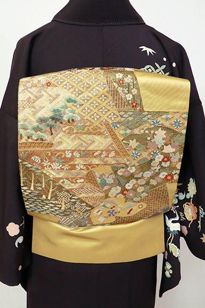 銀座【L-5422】総刺繍 袋帯 玉蜀黍色 裂取りに四季花の図(三越扱い)