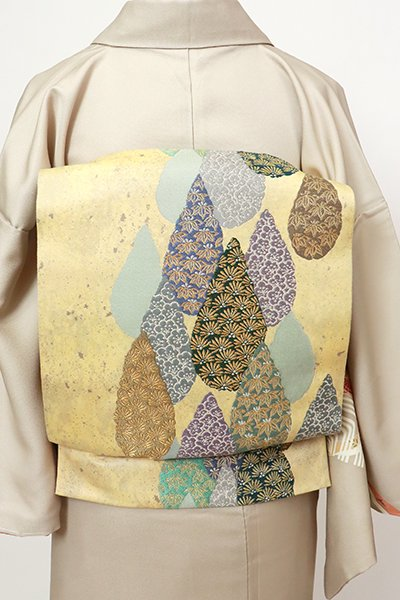 銀座【L-5492】袋帯 蜂蜜色 抽象文に松竹梅の図