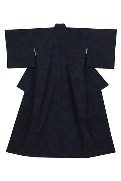 あおき【着物3113】本場結城紬 濃藍色 流水文 (反端証紙付 奥順栞付)