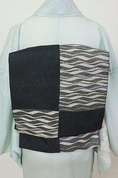 銀座【L-5682】絽 袋帯 黒色 市松取りに流線文