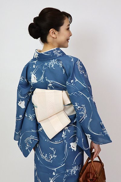 銀座【K-7582】本場筑前博多織 西村織物製 紗 半幅帯 薄卵色 献上柄(証紙付)